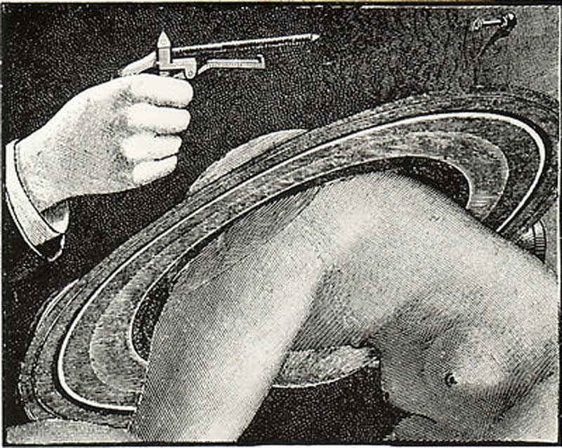 Max Ernst + Paul Eluard: Les Malheurs des Immortelles 1922